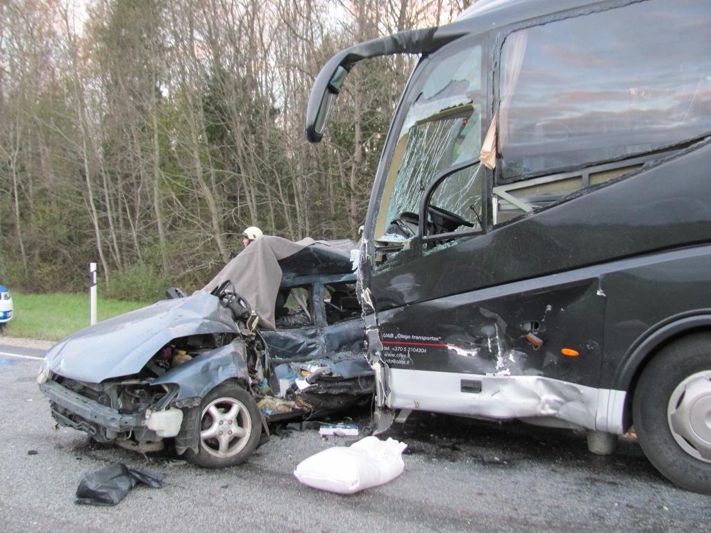 Liikluses tapavad endiselt enim ülekiirus ja alkohol