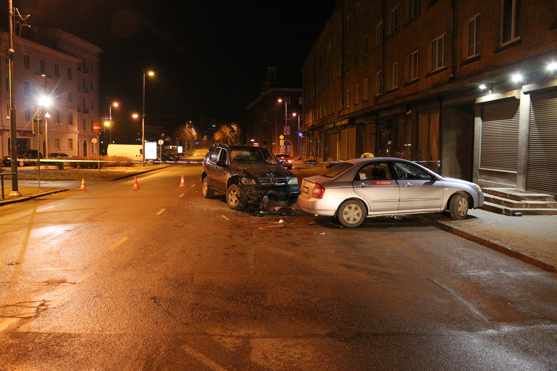 Laupäeval liiklusõnnetuse sattunud mees suri haiglas