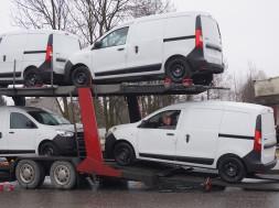 DaciaDokkeridsõidavadtreileriltmaha