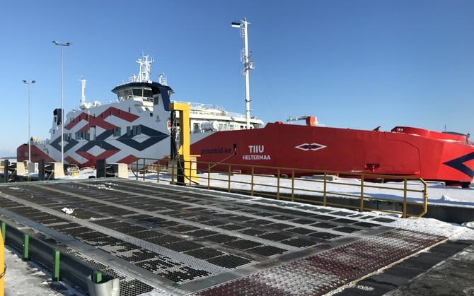 Laevaühendus mandri ja Hiiumaa vahel katkes