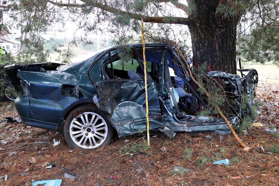 Politsei otsib Pärnumaal juhtunud liiklusõnnetuse pealtnägijaid